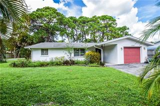 1343 James St, Nokomis, FL 34275
