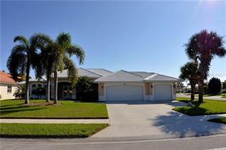 521 Lake Of The Woods Dr, Venice, FL 34293