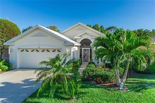 416 Pinewood Lake Dr, Venice, FL 34285