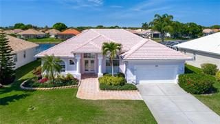 552 Lake Of The Woods Dr, Venice, FL 34293