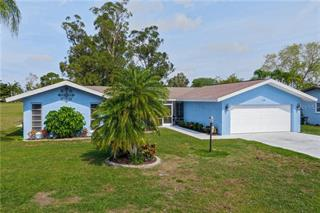 118 Caddy Rd, Rotonda West, FL 33947