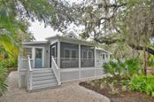 Exterior - Single Family Home for sale at 732 Eagle Point Dr, Venice, FL 34285 - MLS Number is N5913211