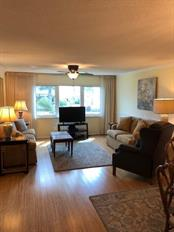 Pride of ownership shows in this Condo, and such a great location....gulf view and near to downtown Venice with the its quaint shops and restaurants. - Condo for sale at 500 The Esplanade N #102, Venice, FL 34285 - MLS Number is N5915924