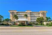Entry, dining room - Condo for sale at 1150 Tarpon Center Dr #203, Venice, FL 34285 - MLS Number is N6108842
