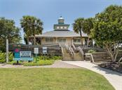 Nokomis Beach - Single Family Home for sale at 915 Bayshore Rd, Nokomis, FL 34275 - MLS Number is N6109471