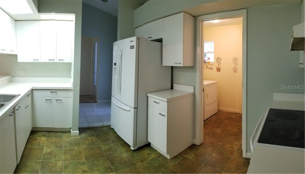 Kitchen - Single Family Home for sale at 236 Cougar Way, Rotonda West, FL 33947 - MLS Number is D6108834