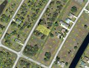 201 Sunset Rd N, Rotonda West, FL 33947