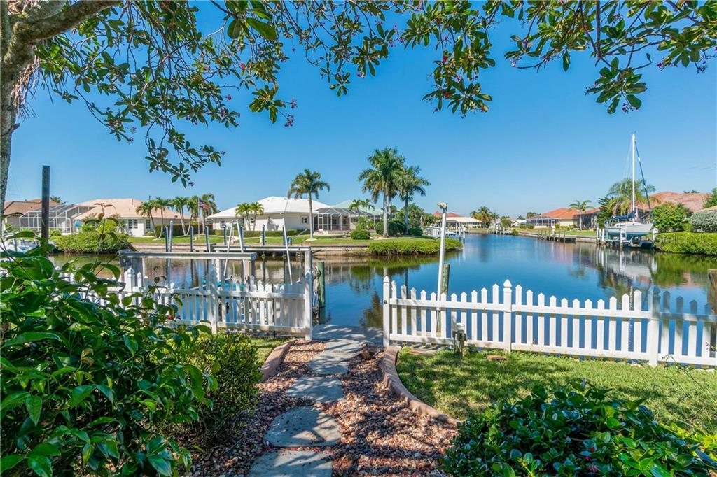 Lovely intersecting canal view and 10K boat lift - Single Family Home for sale at 1309 Casey Key Dr, Punta Gorda, FL 33950 - MLS Number is C7413790