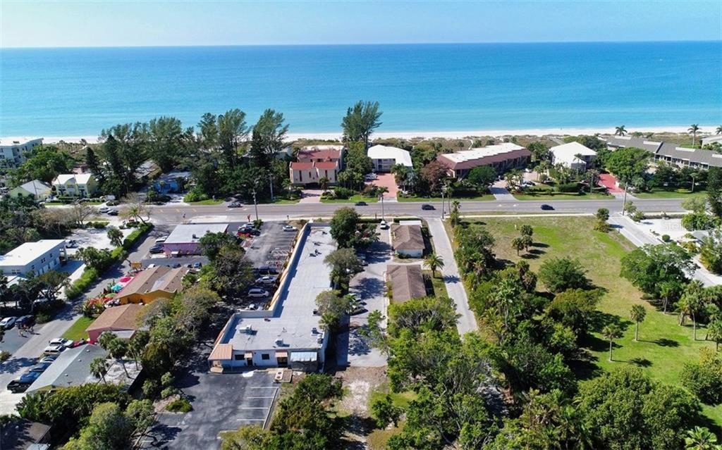 Additional photo for property listing at 5610 & 5620 Gulf Of Mexico Dr #1 5610 & 5620 Gulf Of Mexico Dr #1 Longboat Key, Φλοριντα,34228 Ηνωμενεσ Πολιτειεσ