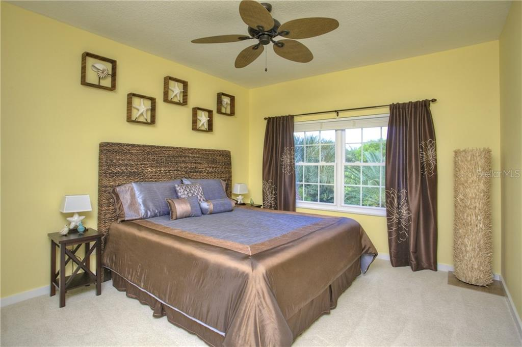 Additional photo for property listing at 5016 64th Dr W 5016 64th Dr W Bradenton, Florida,34210 United States