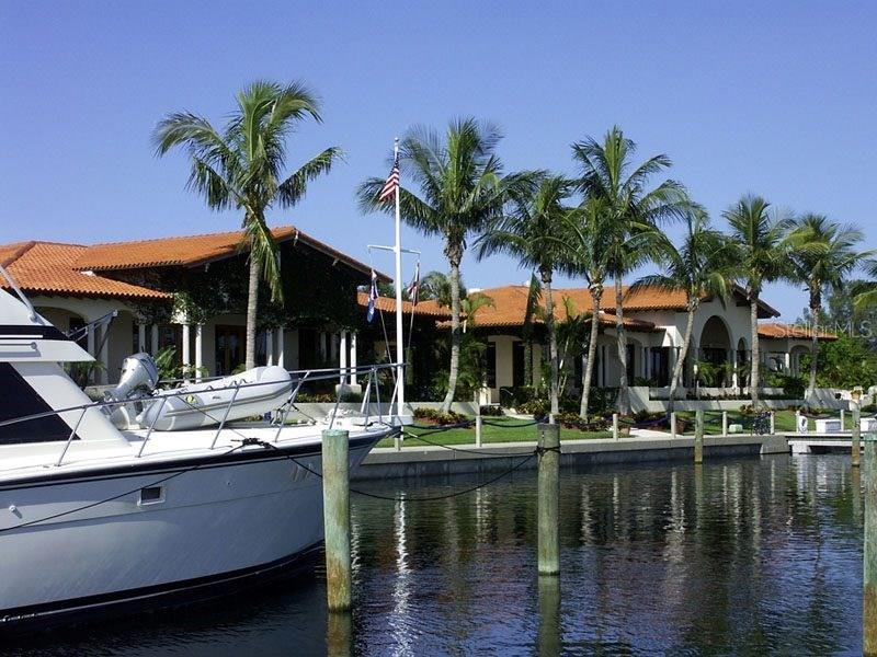 Single Family Home for sale at 2600 Harbourside Dr #i-12, Longboat Key, FL 34228 - MLS Number is A4157253