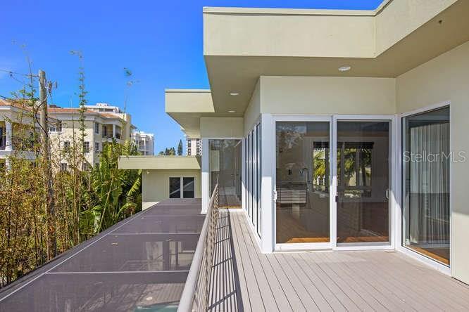 Additional photo for property listing at 320 Calle Miramar 320 Calle Miramar Sarasota, 佛羅里達州,34242 美國