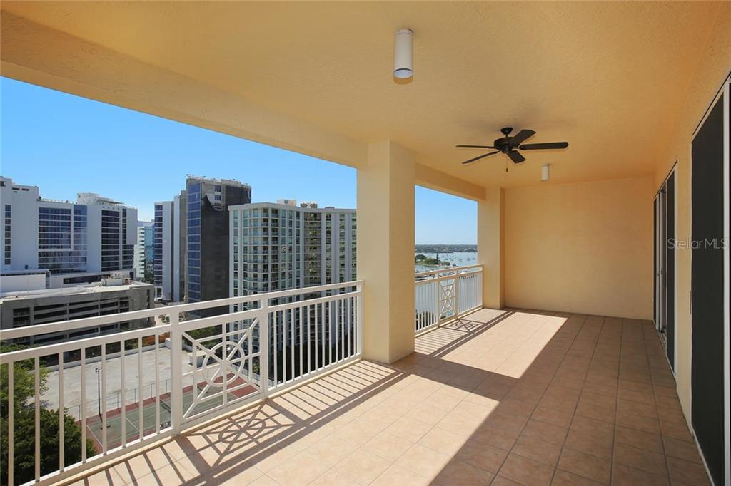 Additional photo for property listing at 35 Watergate Dr #1206 35 Watergate Dr #1206 Sarasota, Florida,34236 United States
