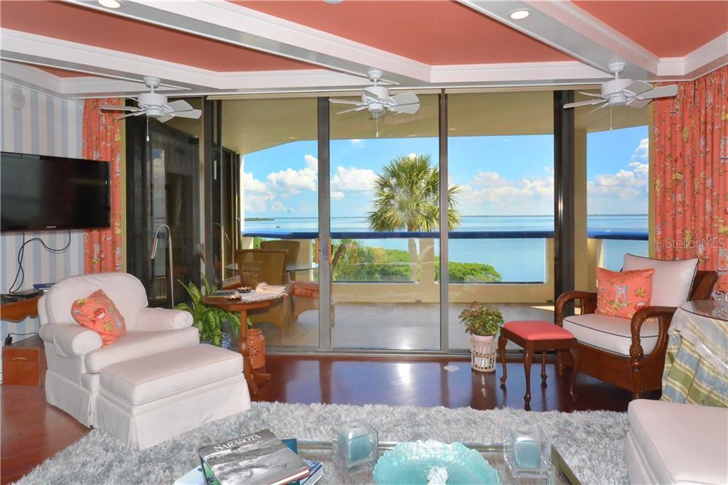 Additional photo for property listing at 2110 Harbourside Dr #525 2110 Harbourside Dr #525 Longboat Key, 佛羅里達州,34228 美國