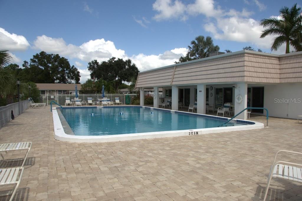 Delightful Villa At 2321 Cbluff Pl V 296 Sarasota Fl 34231. Conway Roofing ...