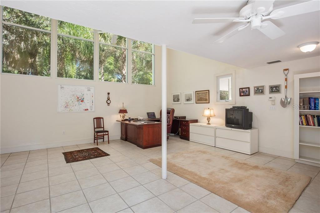 Office/studio with half bath, this additional space is attached to the original guest quarters - Single Family Home for sale at 3221 Bay Shore Rd, Sarasota, FL 34234 - MLS Number is A4200323