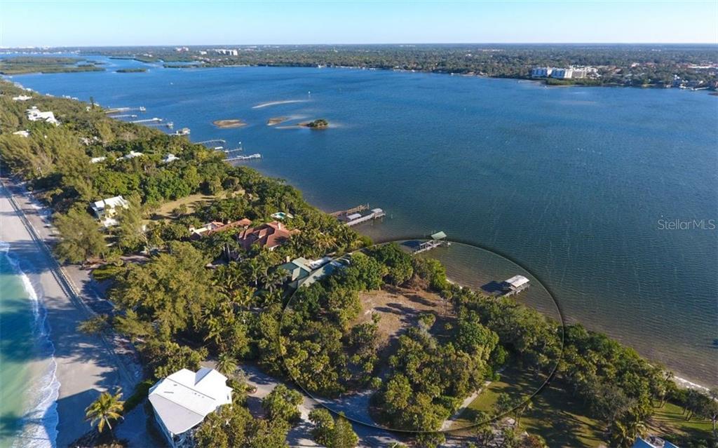 Additional photo for property listing at N Casey Key Rd N Casey Key Rd Osprey, Florida,34229 Stati Uniti
