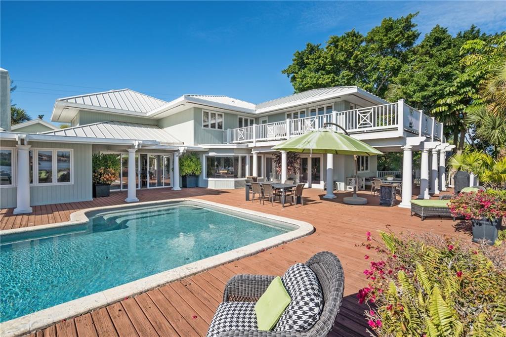 Additional photo for property listing at 3528 Casey Key Rd 3528 Casey Key Rd Nokomis, Florida,34275 Estados Unidos