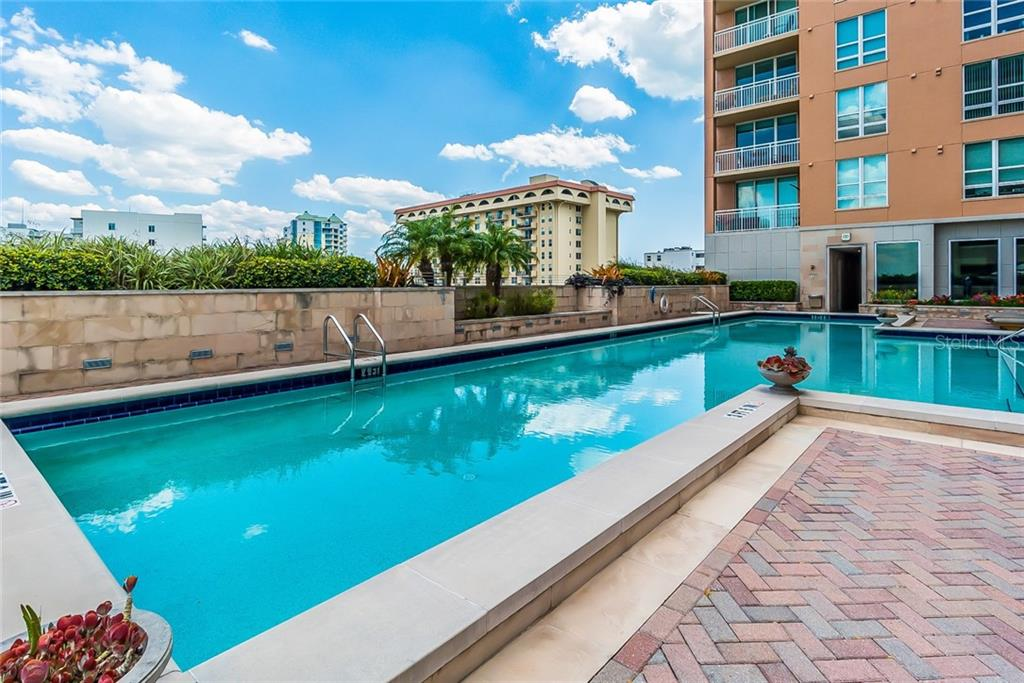Condo for sale at 1350 Main St #1701, Sarasota, FL 34236 - MLS Number is A4403483