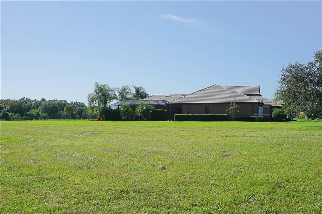 Single Family Home for sale at 3710 Twin Rivers Trl, Parrish, FL 34219 - MLS Number is A4417184