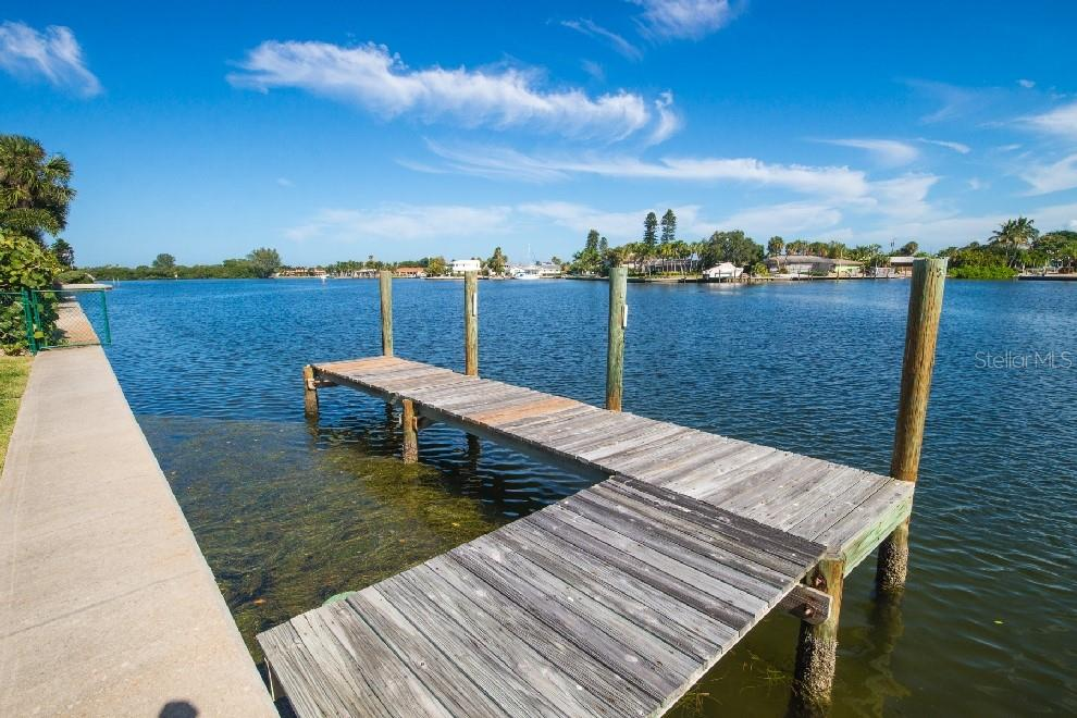 Single Family Home for sale at 543 67th St, Holmes Beach, FL 34217 - MLS Number is A4427158