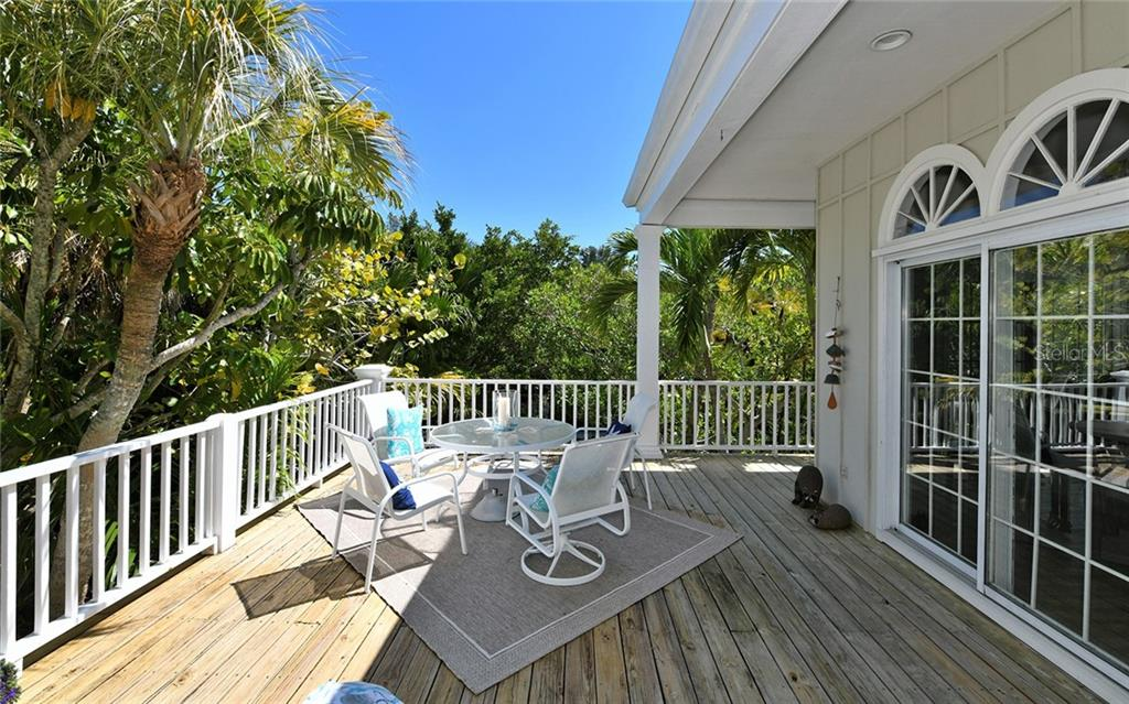 Single Family Home for sale at 3400 Hamilton Ave, Sarasota, FL 34242 - MLS Number is A4431863