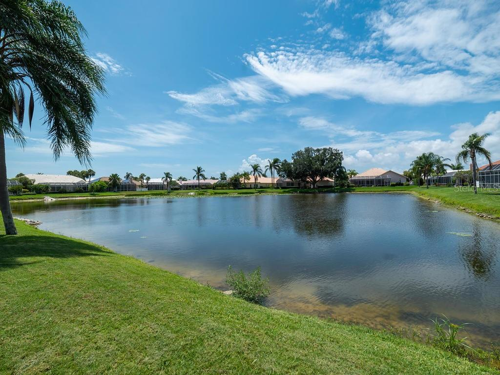 Lovely lake views - Single Family Home for sale at 4117 Via Mirada, Sarasota, FL 34238 - MLS Number is A4438764