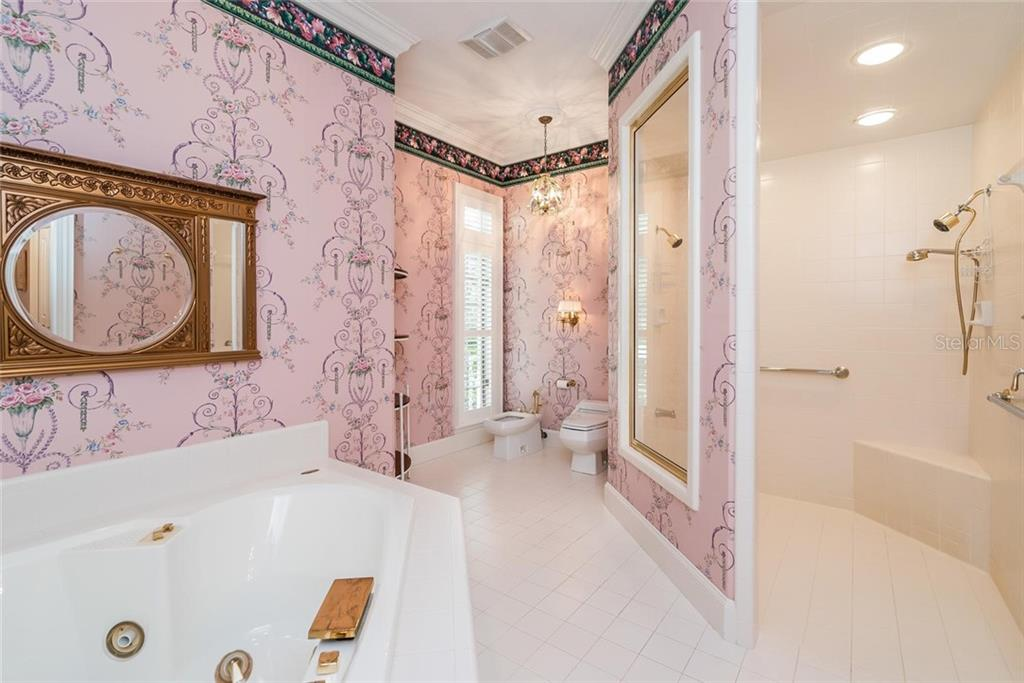 Separate area of the Master Ensuite with separate Large Jacuzzi tub and Spacious Walk-in Shower! - Single Family Home for sale at 3702 Beneva Oaks Blvd, Sarasota, FL 34238 - MLS Number is A4438878