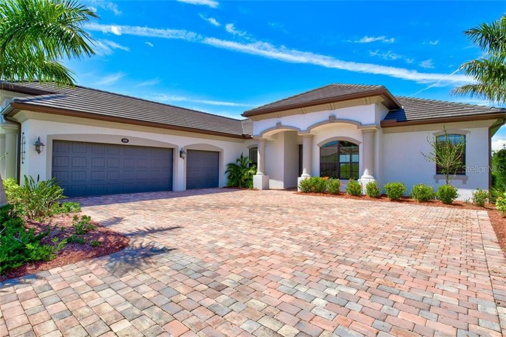 Single Family Home for sale at 8805 Rum Runner Pl, Bradenton, FL 34212 - MLS Number is A4443494