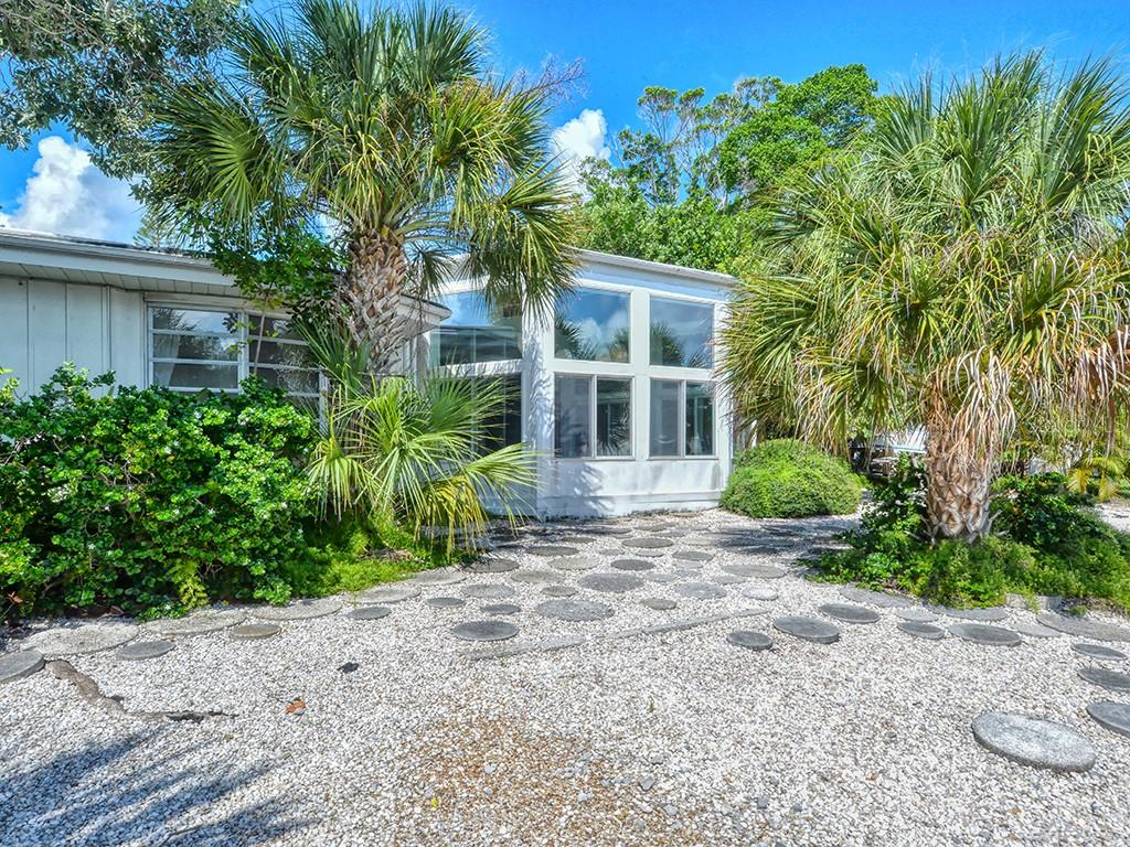 Back of Home - Single Family Home for sale at 225 John Ringling Blvd, Sarasota, FL 34236 - MLS Number is A4443640