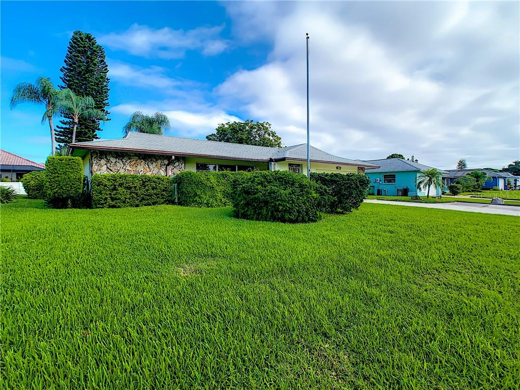 Your flag pole is ready! - Single Family Home for sale at 7006 18th Ave W, Bradenton, FL 34209 - MLS Number is A4450658