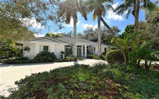 924 Indian Beach Dr, Sarasota, FL 34234