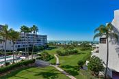 1465 Gulf Of Mexico Dr #306, Longboat Key, FL 34228