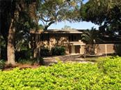 1200 Cornish Ct, Sarasota, FL 34232
