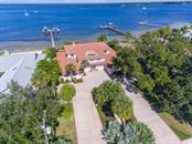 7412 Riverview Dr, Bradenton, FL 34209