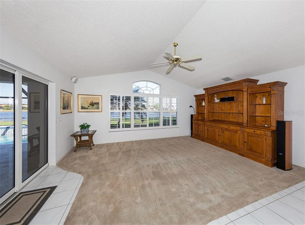 Family room - Single Family Home for sale at 515 Park Estates Sq, Venice, FL 34293 - MLS Number is N6103193