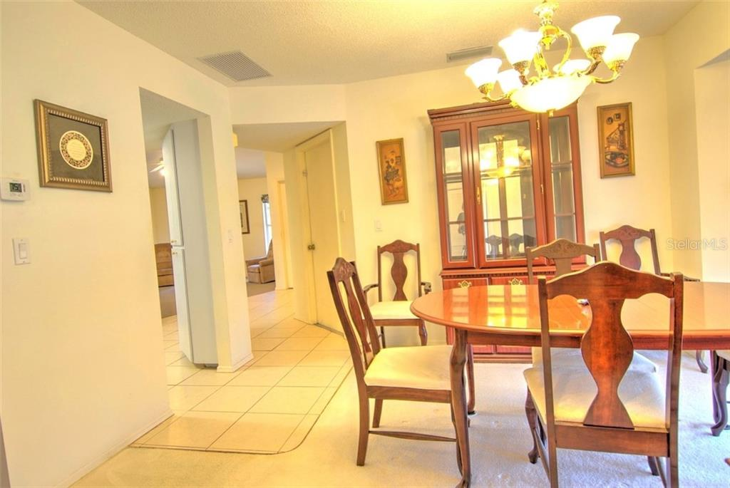 Single Family Home for sale at 4884 Jacaranda Heights Dr, Venice, FL 34293 - MLS Number is N6105548