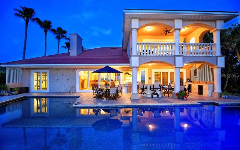 Patio, pool with view of the Gulf - Single Family Home for sale at 412 Hunter Dr, Venice, FL 34285 - MLS Number is N6105563